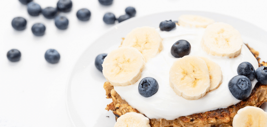 Banana Oat Pancakes with Greek Yoghurt and Fruit